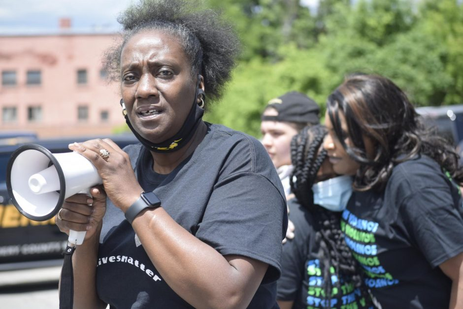 Nydia Hill speaks at a June 7 protest in Amsterdam. Photo by Adam Shinder/Staff